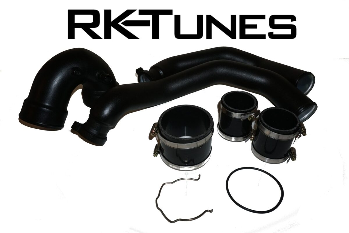 Our F80 M3 / F82 M4 Charge pipe kit is the only one on the market offering meth injection post intercooler and the only kit offering the charge pipe from the intercooler to the throttle body.